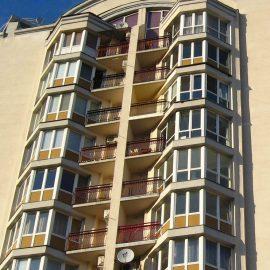 эркекрный балкон