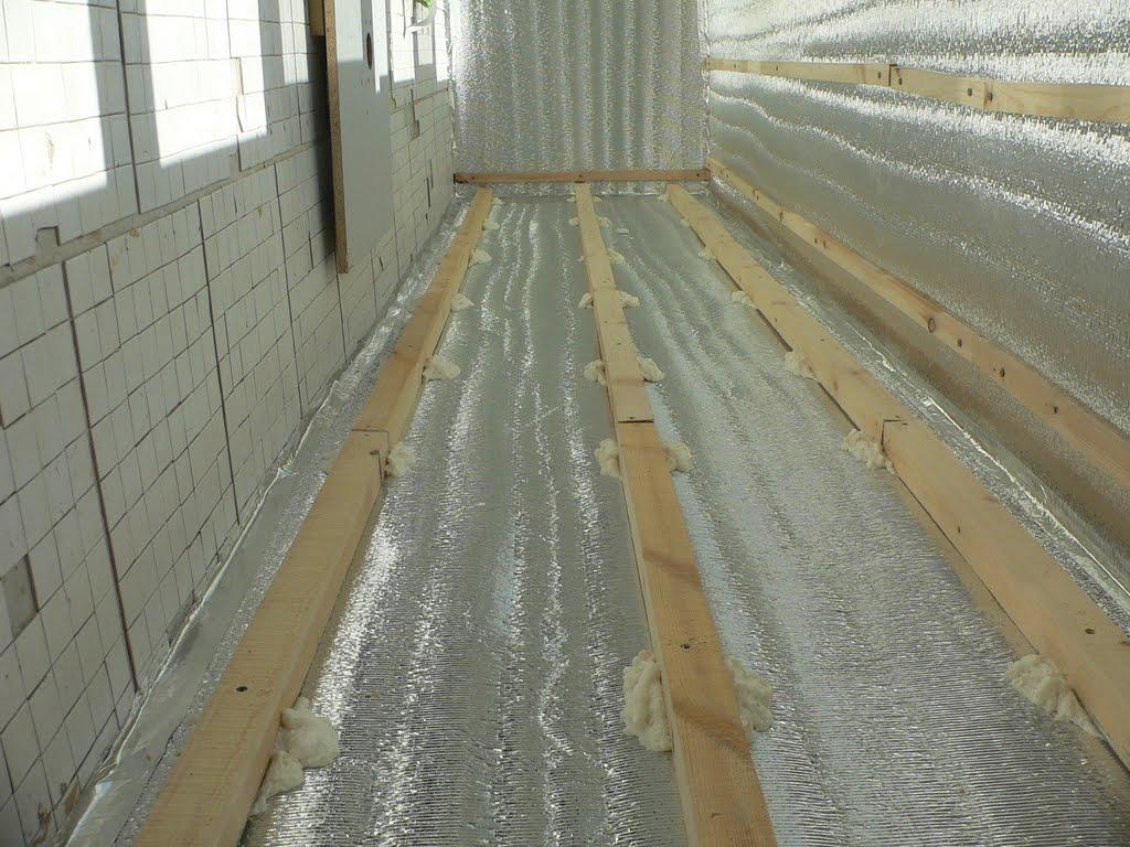 Почему утепляют балконы и лоджии