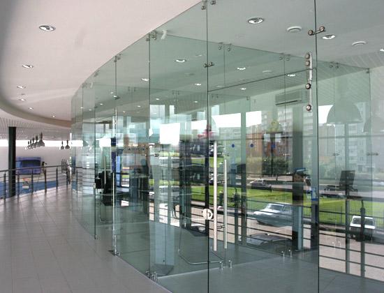 steklo-vitrina